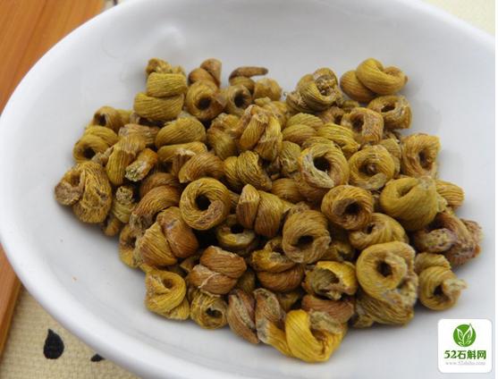 仿野生环境下种植的霍山铁皮石斛枫斗 颜色偏黄色